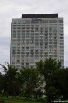 Hilton hotel near the Quebec Parliament Building.jpg