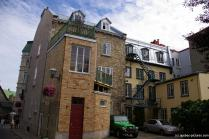 Yellow building in old Quebec City.jpg