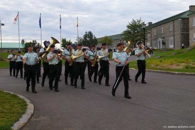 Marching band at Quebec La Citadelle.jpg